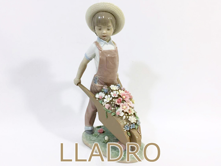 リヤドロ 陶器人形買取りました