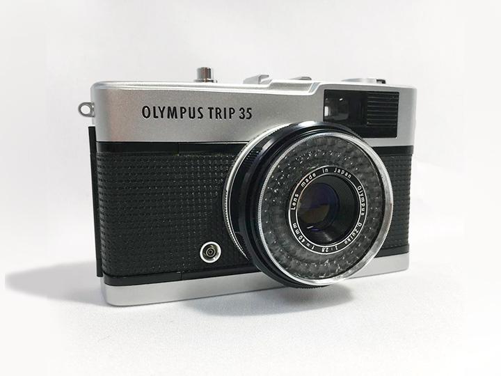 オリンパス カメラ トリップ35 買取りました